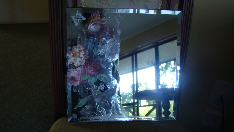 Mirror Tile - Victoria